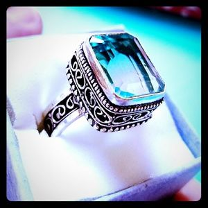 Jewelry - 💕 Bi-Color Aqua and Clear Tourmaline Silver Ring
